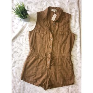 🌸Beige button down romper